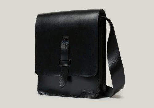 messenger bag Kuriertasche leather leder black schwarz